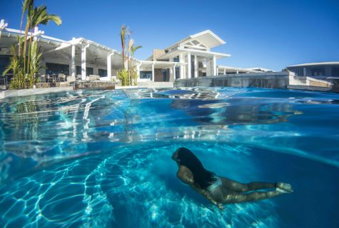 Taumeasina Island Resort Gallery & Photos