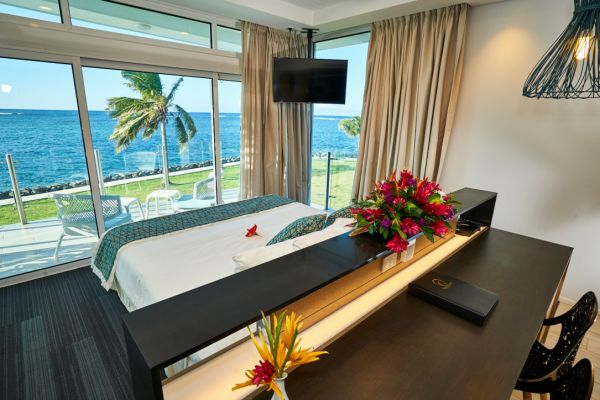Hotel in Samoa | Deluxe Oceanview Hotel Room | Taumeasina